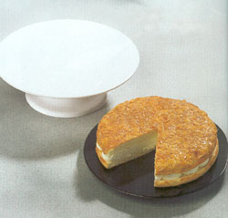 Cake Plates from DT Saunders Ltd (image 2)
